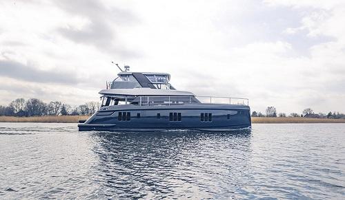 Nowy 60 Sunreef Power dołącza do floty - GospodarkaMorska.pl