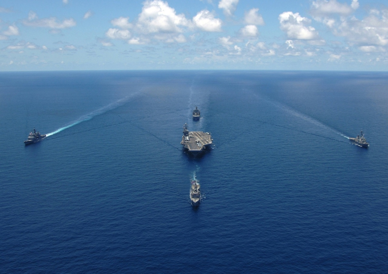 Dwa okręty wojenne USA wpłynęły na Morze Czarne w związku z napięciami na wschodzie Ukrainy - GospodarkaMorska.pl