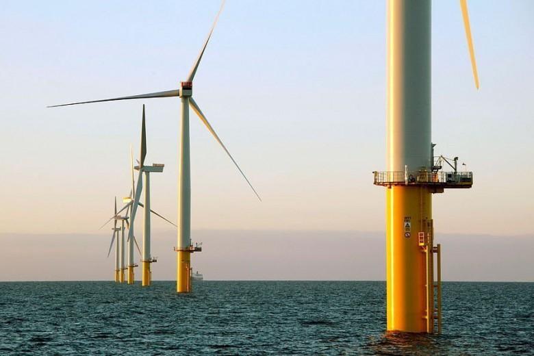 Pomorscy Radni przyjęli Strategię do 2030 - chcemy być liderem w produkcji zielonej energii - GospodarkaMorska.pl