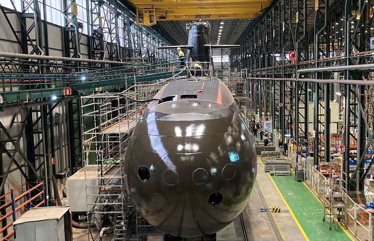 Hiszpania: Księżniczka Eleonora ochrzciła najnowocześniejszy na świecie okręt podwodny - GospodarkaMorska.pl