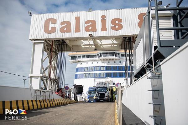 P&O FERRIES wprowadza piąty prom na trasę Dover-Calais - GospodarkaMorska.pl