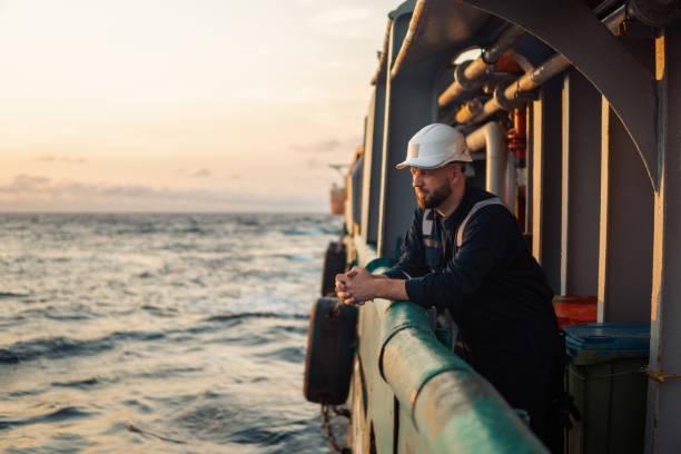 Negocjacje w sprawie podwyżki płacy minimalnej marynarzy  - GospodarkaMorska.pl