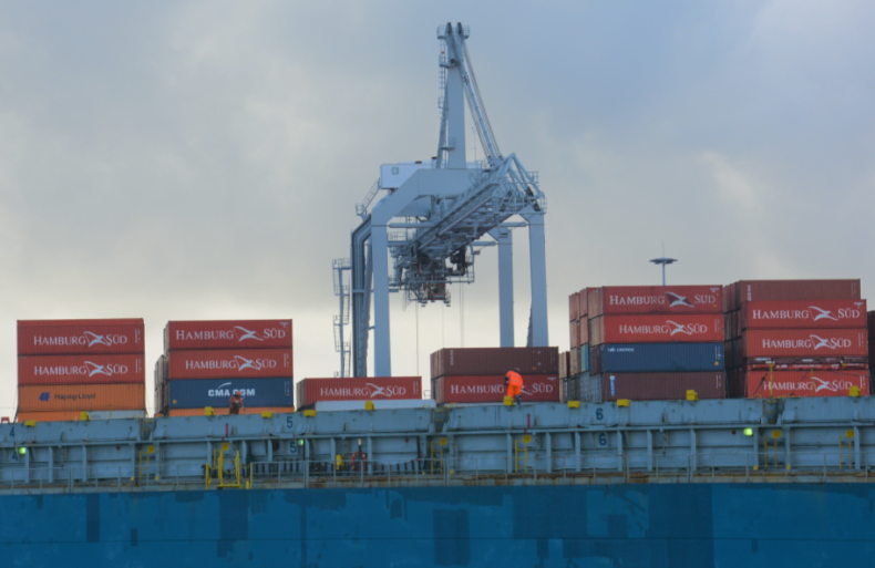 Indeks zadowolenia marynarzy ujawnia ich obawy związane z kryzysem wymiany załóg - GospodarkaMorska.pl