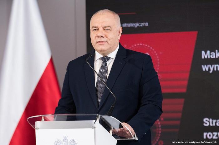 Skarb Państwa będzie miał docelowo 50 proc. w PKN Orlen, powiększonym o Lotos i PGNiG  - GospodarkaMorska.pl
