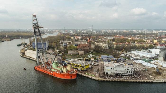 150 osób dziennie przy malowaniu. Jakie prace wykonał Muehlhan przy trafostacji na Morze Bałtyckie? [wideo] - GospodarkaMorska.pl