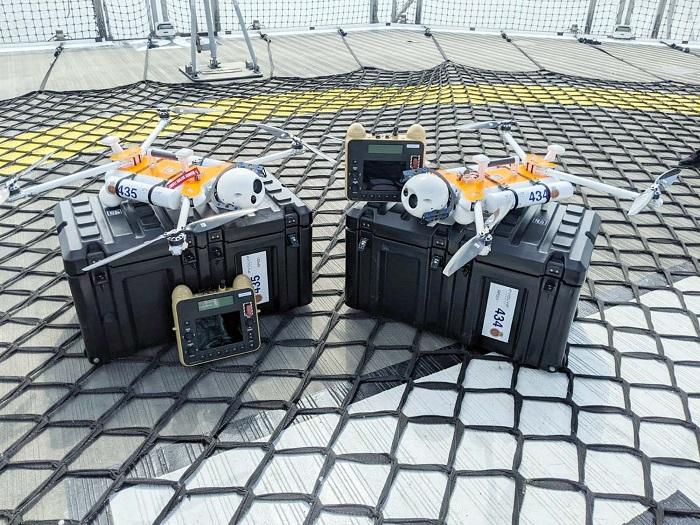 Polarny statek badawczy testuje drony pod kątem wykrywania przejść w lodzie - GospodarkaMorska.pl