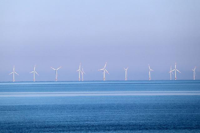 Morska energia wiatrowa może zmienić Wielką Brytanię w eksportera energii netto już w ciągu najbliższych pięciu lat - GospodarkaMorska.pl