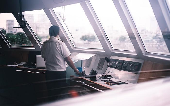 Granty unijne dla MSP na relokację pracowników z branży offshore i portowo-logistycznej - GospodarkaMorska.pl