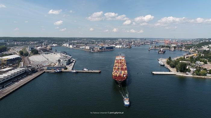 Szersze wejście do Portu Gdynia [WIDEO] - GospodarkaMorska.pl