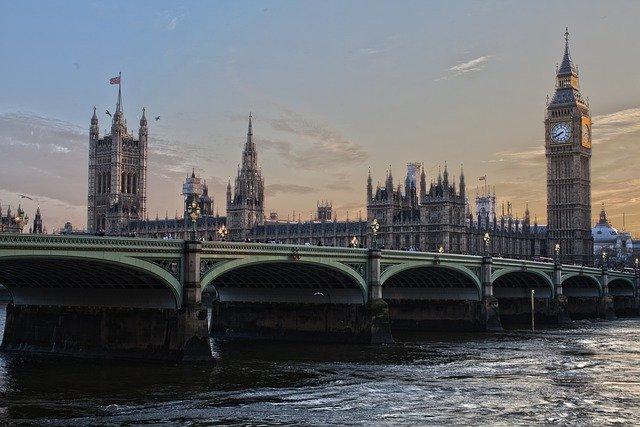 Wielka Brytania zaczęła negocjacje o przystąpieniu do strefy wolnego handlu na Pacyfiku - GospodarkaMorska.pl