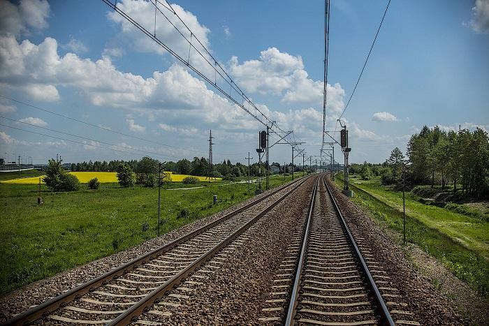 PLK zwiększają możliwości kolei w obsłudze towarowej portów Pomorza Zachodniego - GospodarkaMorska.pl