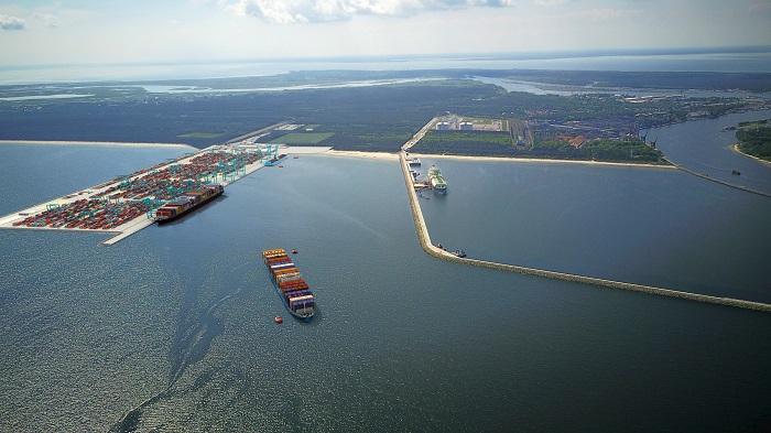Głębokowodny terminal kontenerowy ogromną szansą dla Świnoujścia [ROZMOWA] - GospodarkaMorska.pl