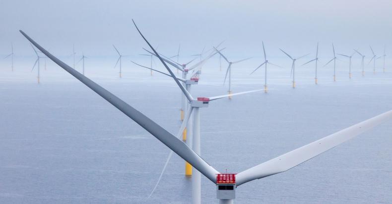 Na wodach Wielkiej Brytanii zainstalowano już 1000 turbin produkcji Ørsted - GospodarkaMorska.pl