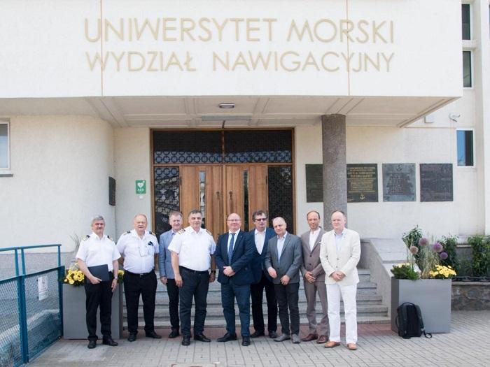 Morska energetyka wiatrowa - nowy międzyuczelniany kierunek studiów  - GospodarkaMorska.pl