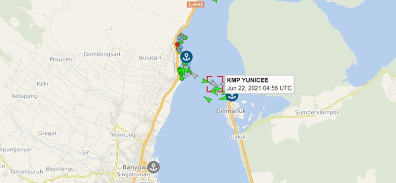 Indonezja: 7 osób utonęło, a 11 zaginęło po zatonięciu promu w pobliżu Bali - GospodarkaMorska.pl