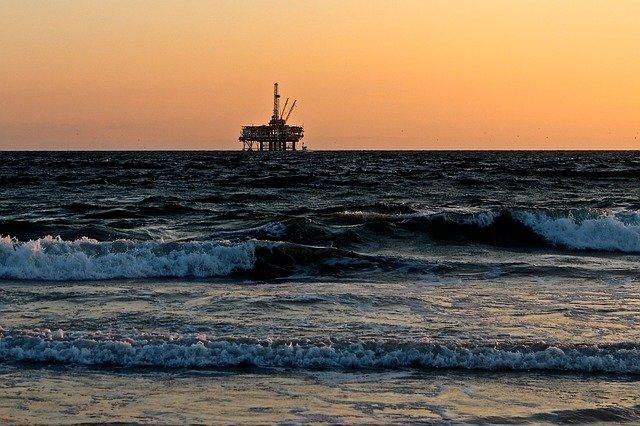 Brytyjski przemysł ropy i gazu chce zmniejszyć emisję metanu na Morzu Północnym - GospodarkaMorska.pl