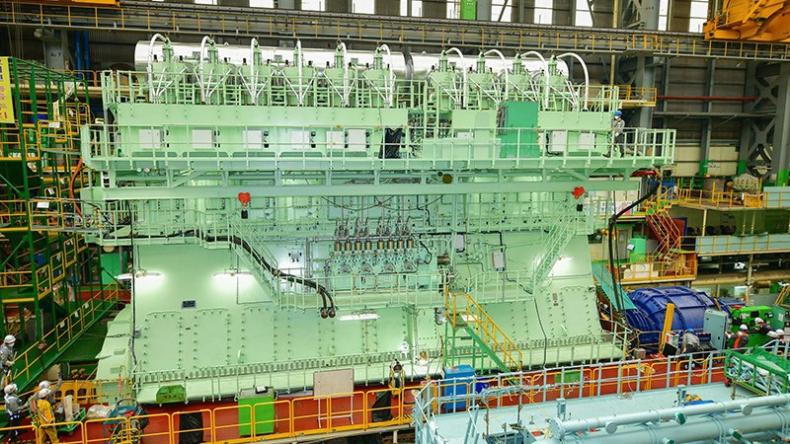 Wielki biznes konstrukcji silników kwitnie, ponieważ rosną zamówienia na kontenerowce - GospodarkaMorska.pl