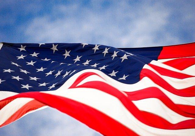 Zakłócenia w łańcuchach dostaw zagrażają bezpieczeństwu USA - GospodarkaMorska.pl