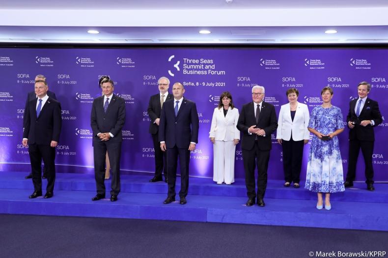 Bułgaria/ Prezydent Duda: Inicjatywa Trójmorza odgrywa kluczową rolę w budowaniu Europy jutra - GospodarkaMorska.pl