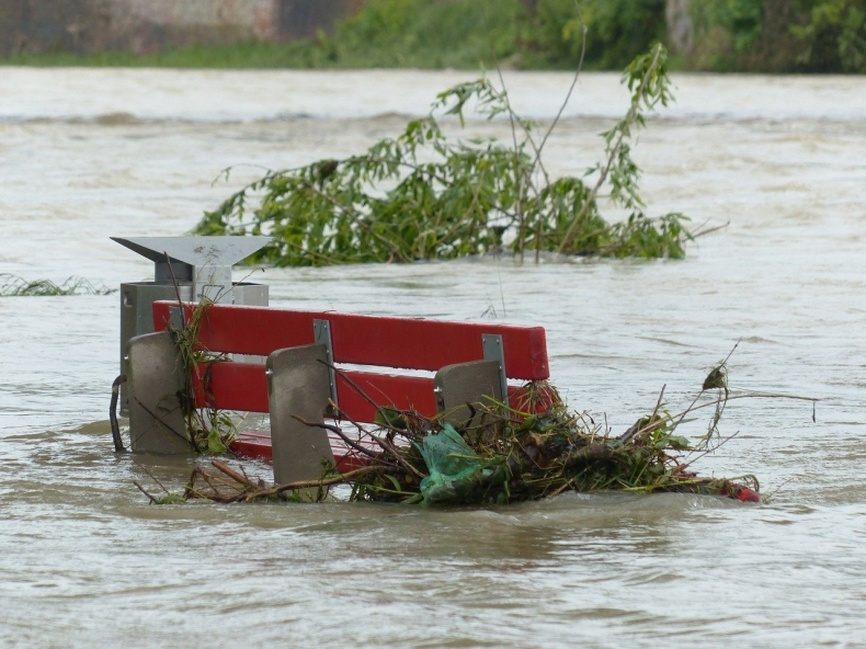 UE wspiera Belgię w walce z powodziami - GospodarkaMorska.pl