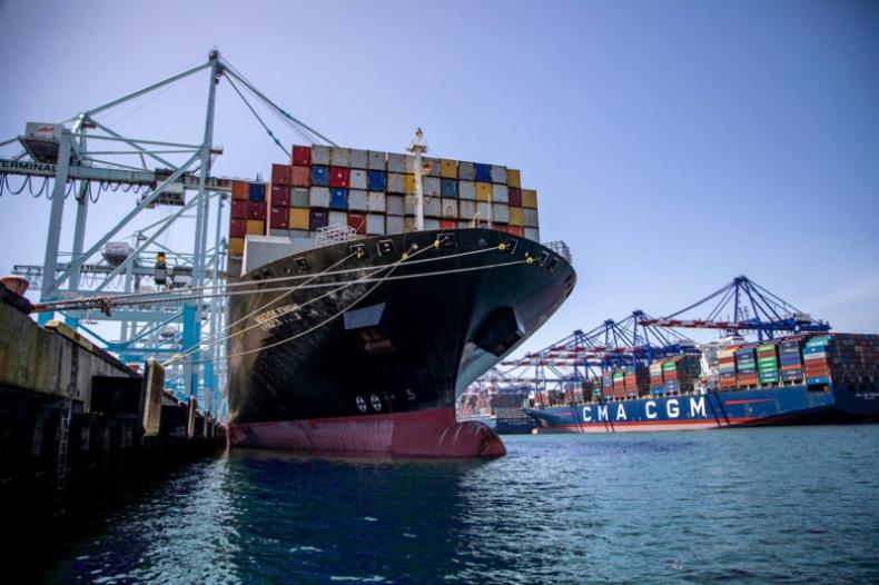 Port w Los Angeles kończy rok fiskalny z wynikiem 10,9 mln TEU. To nowy rekord na zachodniej półkuli - GospodarkaMorska.pl