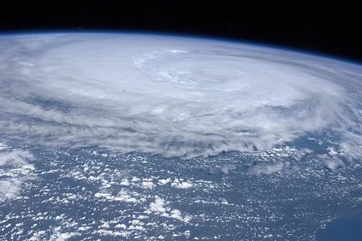 Tajfun nad Pacyfikiem - GospodarkaMorska.pl