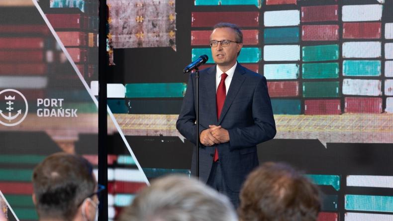 Borys: chcemy dołączyć do grona 10 największych portów kontenerowych w Europie - GospodarkaMorska.pl