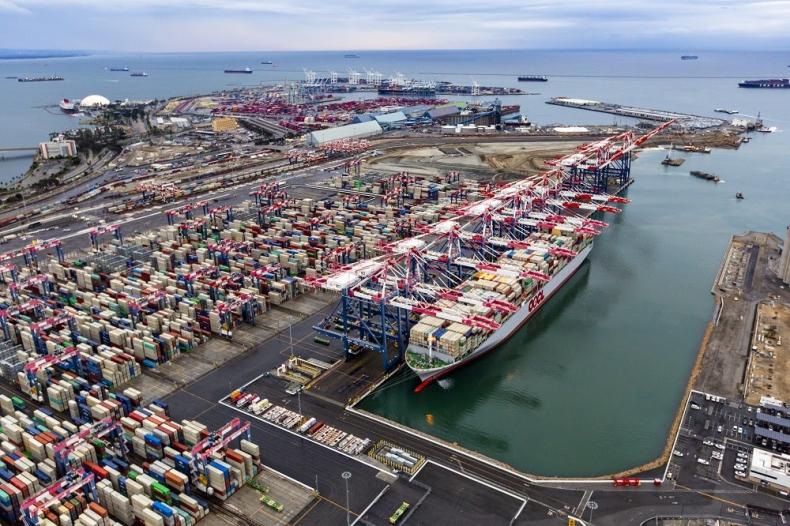 Globalna przepustowość portów kontenerowych będzie miała trudności z nadążeniem za rosnącym popytem - GospodarkaMorska.pl