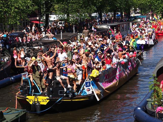 Holandia: 25. edycja Pride Amsterdam bez parady na łodziach - GospodarkaMorska.pl