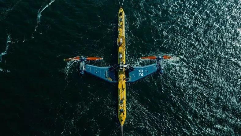 Najpotężniejsza na świecie turbina pływowa zaczyna przesyłać energię do sieci - GospodarkaMorska.pl