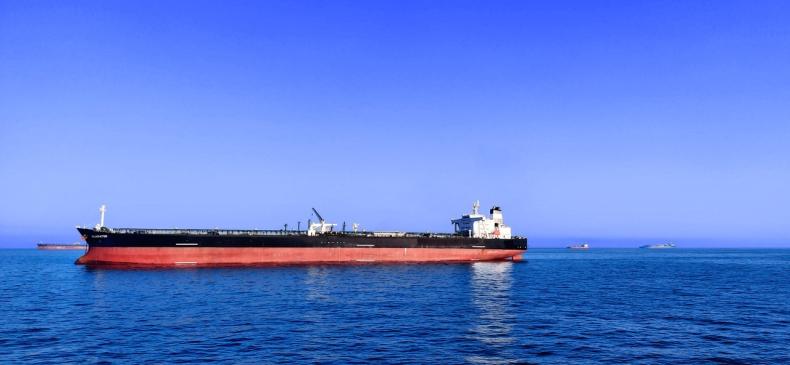 Incydent z udziałem kilku tankowców w Zatoce Omańskiej budzi obawy na rynku ropy - GospodarkaMorska.pl