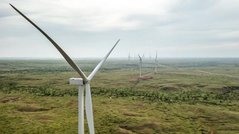 Ørsted kończy budowę ogromnej farmy wiatrowej na lądzie o mocy 367 MW - GospodarkaMorska.pl