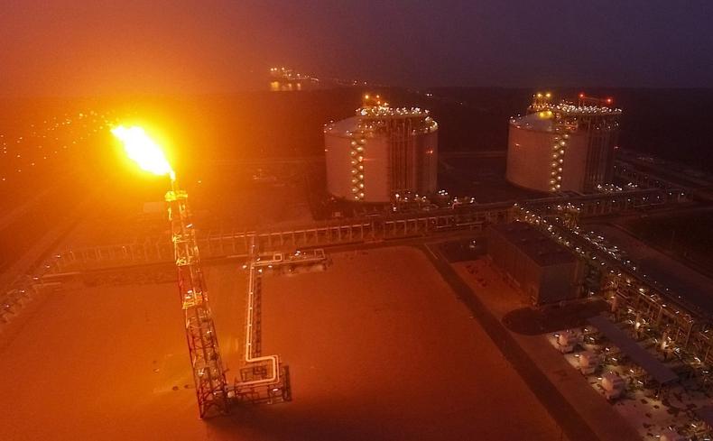 Terminal LNG w Świnoujściu. Trwa budowa trzeciego zbiornika - GospodarkaMorska.pl