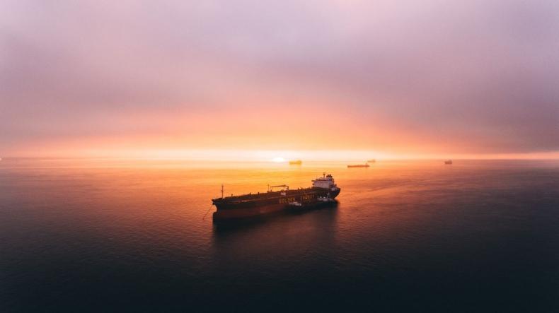 PGNiG zamierza wyczarterować statek do transportu LNG - GospodarkaMorska.pl