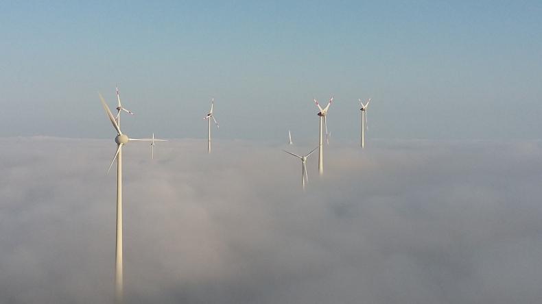 PSEW: Polskie fabryki zasilane energią z wiatru i słońca. Korzyści odczujemy wszyscy  - GospodarkaMorska.pl