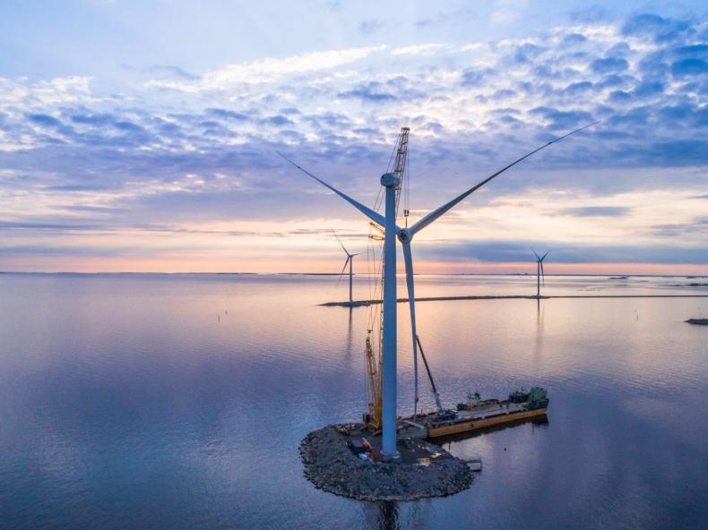 Szwedzi: Morska farma wiatrowa Triton nie przeszkodzi żegludze promowej - GospodarkaMorska.pl