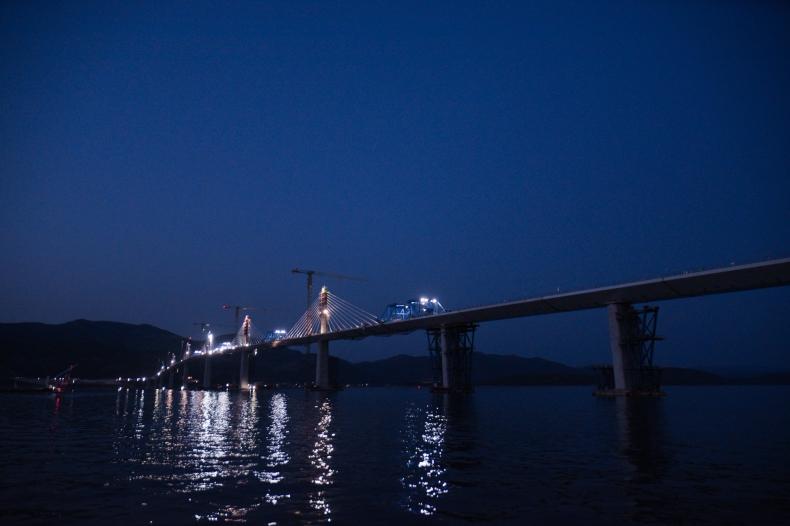 Most połączył kontynentalną część Chorwacji z półwyspem Pelješac  - GospodarkaMorska.pl