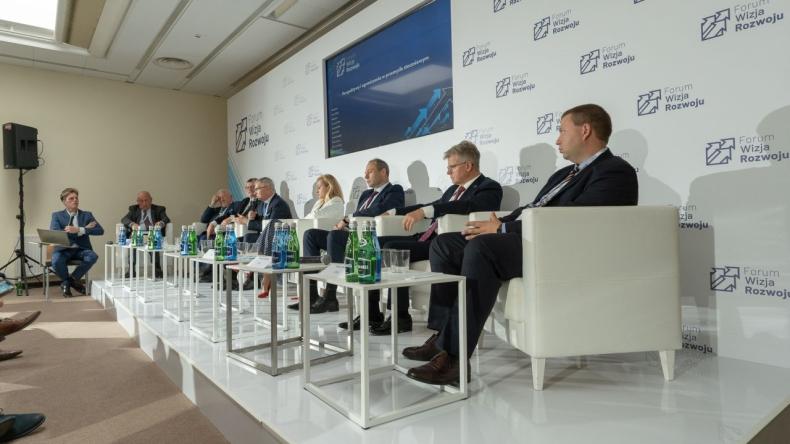 Forum Wizja Rozwoju 2021 - dzień II. Przyszłość portów i żeglugi - podsumowanie [WIDEO, ZDJĘCIA] - GospodarkaMorska.pl