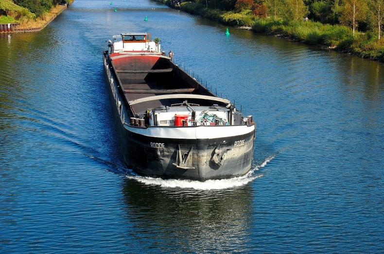Transport morski szkodzi jak każdy inny. Na liście wstydu wycieki ropy i emisje zanieczyszczeń - GospodarkaMorska.pl