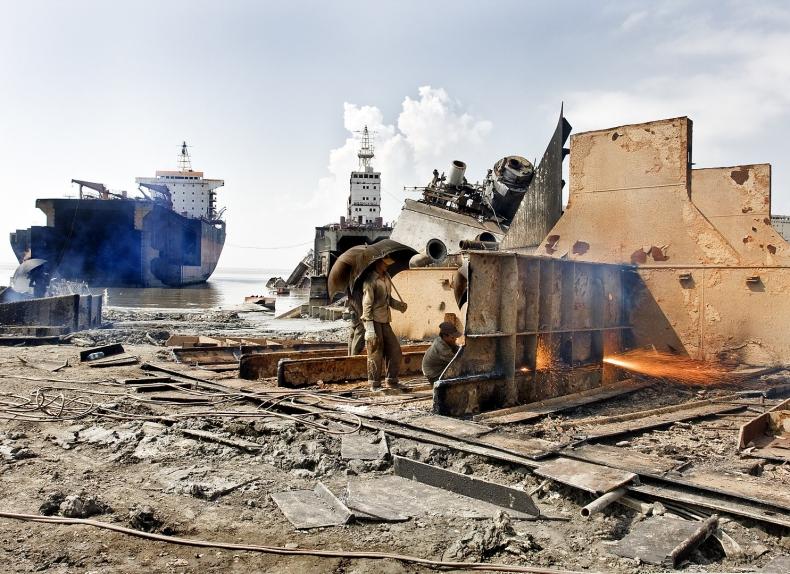 Nielegalne złomowanie statków w południowej Azji trwa w najlepsze - GospodarkaMorska.pl