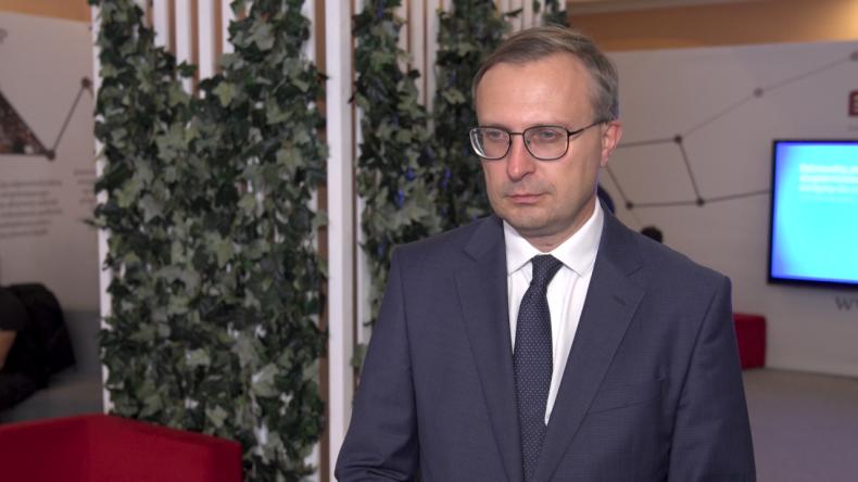 Wsparcie państwa pomoże napędzić boom inwestycyjny. Wśród priorytetów takie obszary jak OZE, wodór i przemysł stoczniowy - GospodarkaMorska.pl
