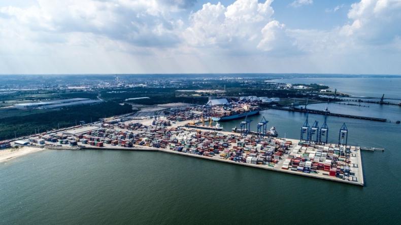 Port Gdańsk gotowy na korytarz transportowy Bałtyk – Morze Czarne - GospodarkaMorska.pl