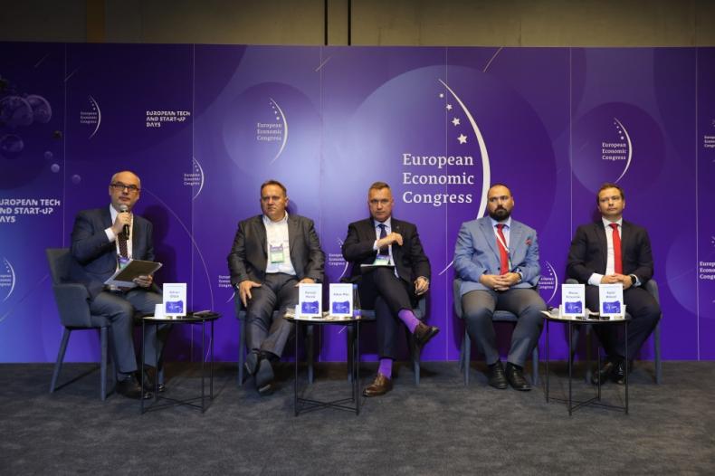 O portach morskich podczas Europejskiego Kongresu Gospodarczego - GospodarkaMorska.pl