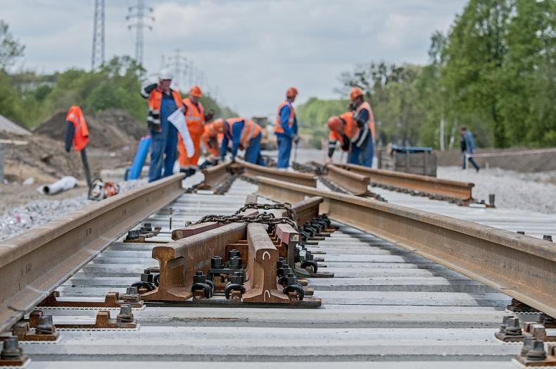 MI: Zwiększamy dostępność kolejową do polskich portów - GospodarkaMorska.pl