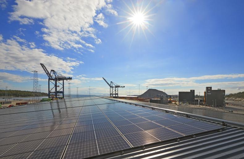 Sztokholm Norvik z największym systemem paneli słonecznych - GospodarkaMorska.pl