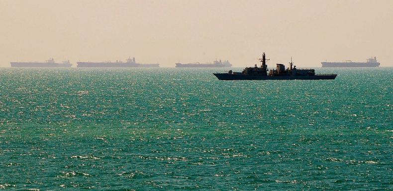 Brytyjski okręt HMS Richmond drażni Chińczyków - GospodarkaMorska.pl