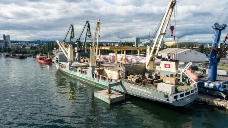 Z Portu Gdańsk do wybrzeża Tanzanii. CEVA Logistics przetransportuje konstrukcję o wadze 2 tys. ton [WIDEO, ZDJĘCIA] - GospodarkaMorska.pl