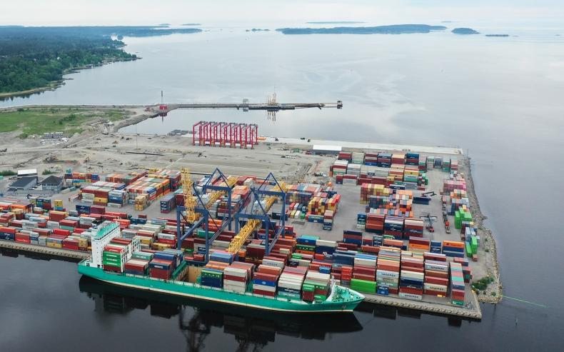 W porcie morskim Gävle będzie produkowany zielony wodór  - GospodarkaMorska.pl