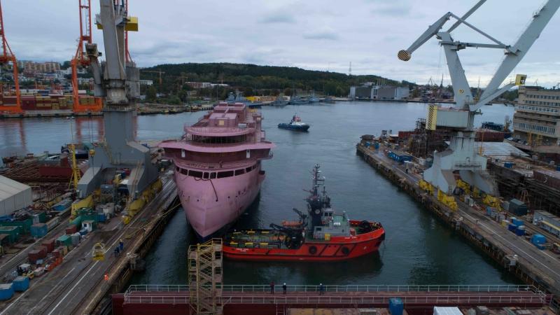 National Geographic Resolution wypłynął ze stoczni CRIST [foto, wideo]-GospodarkaMorska.pl
