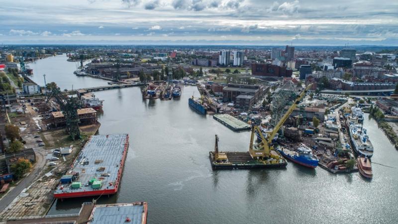 Wodowanie wielozadaniowego statku dla Jamajki w stoczni Safe (foto, wideo)-GospodarkaMorska.pl